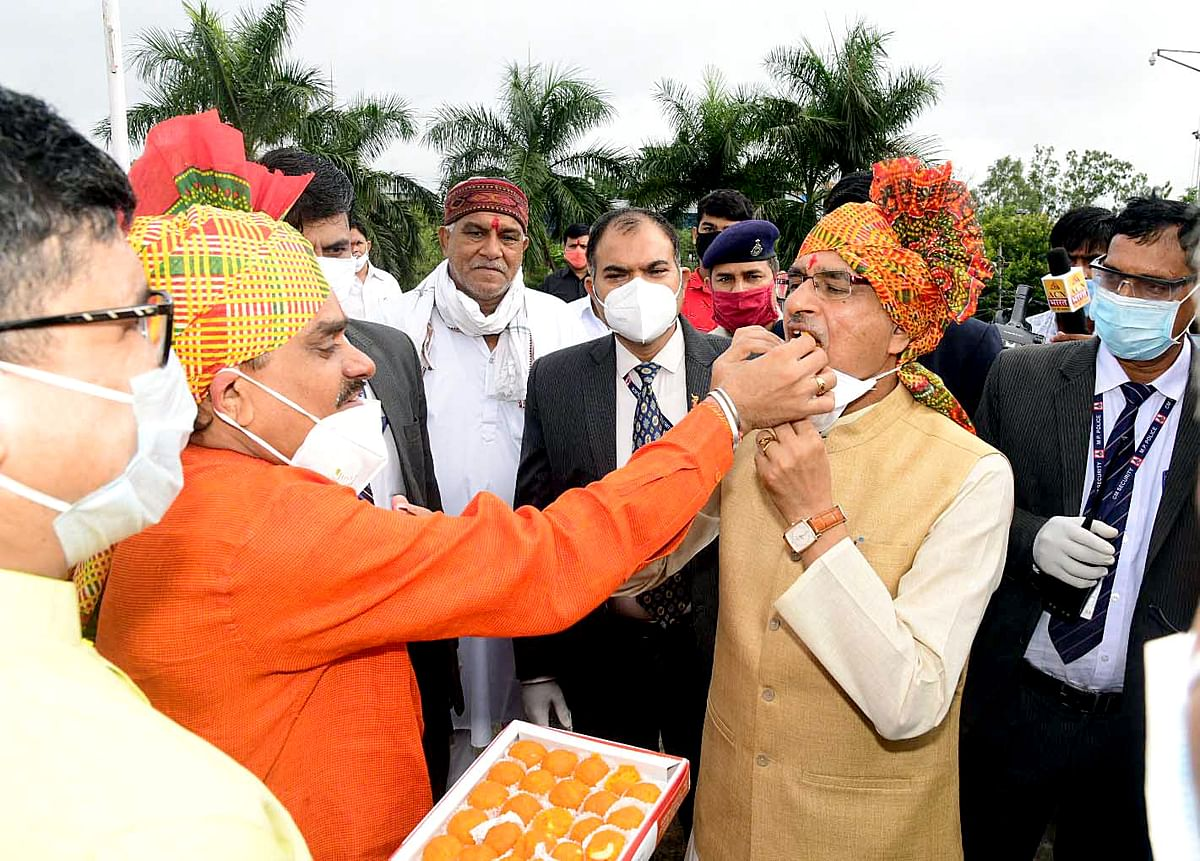 Madhya Pradesh: Will try to fulfill public expectations, says CM Chouhan post bypoll victory