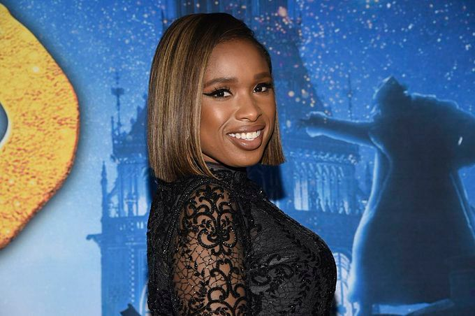 Jennifer Hudson pays tributes to Aretha Franklin on her 2nd death anniversary