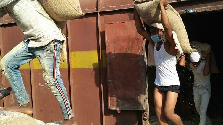 Despite lockdown, WR registers revenue of Rs 2927 crore from goods traffic