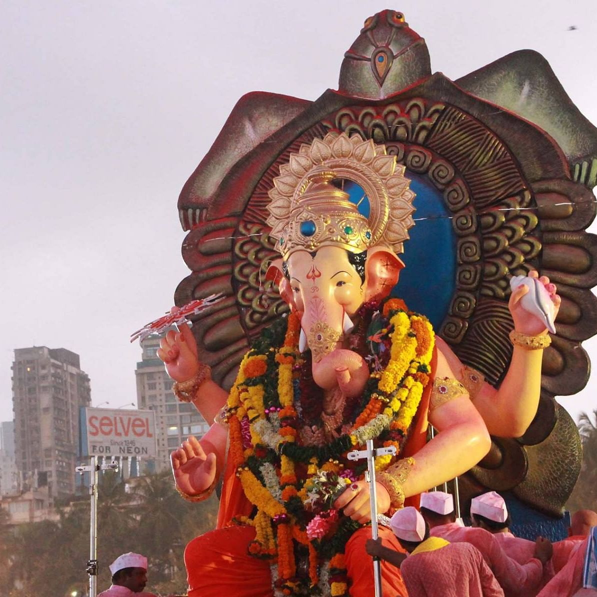 Missing Ganpati darshan at Mumbai's biggest pandals? Here's how you can skip queues and watch safely from home
