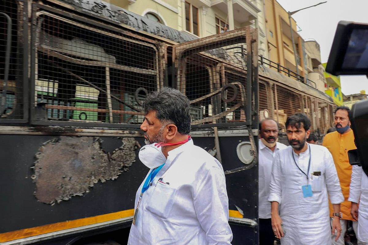Bengaluru violence: Karnataka Congress chief accuses Home Minister of influencing police probe