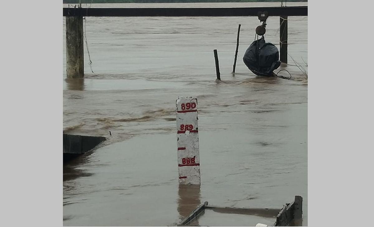 Narmada river flowing above danger mark in Nemawar.