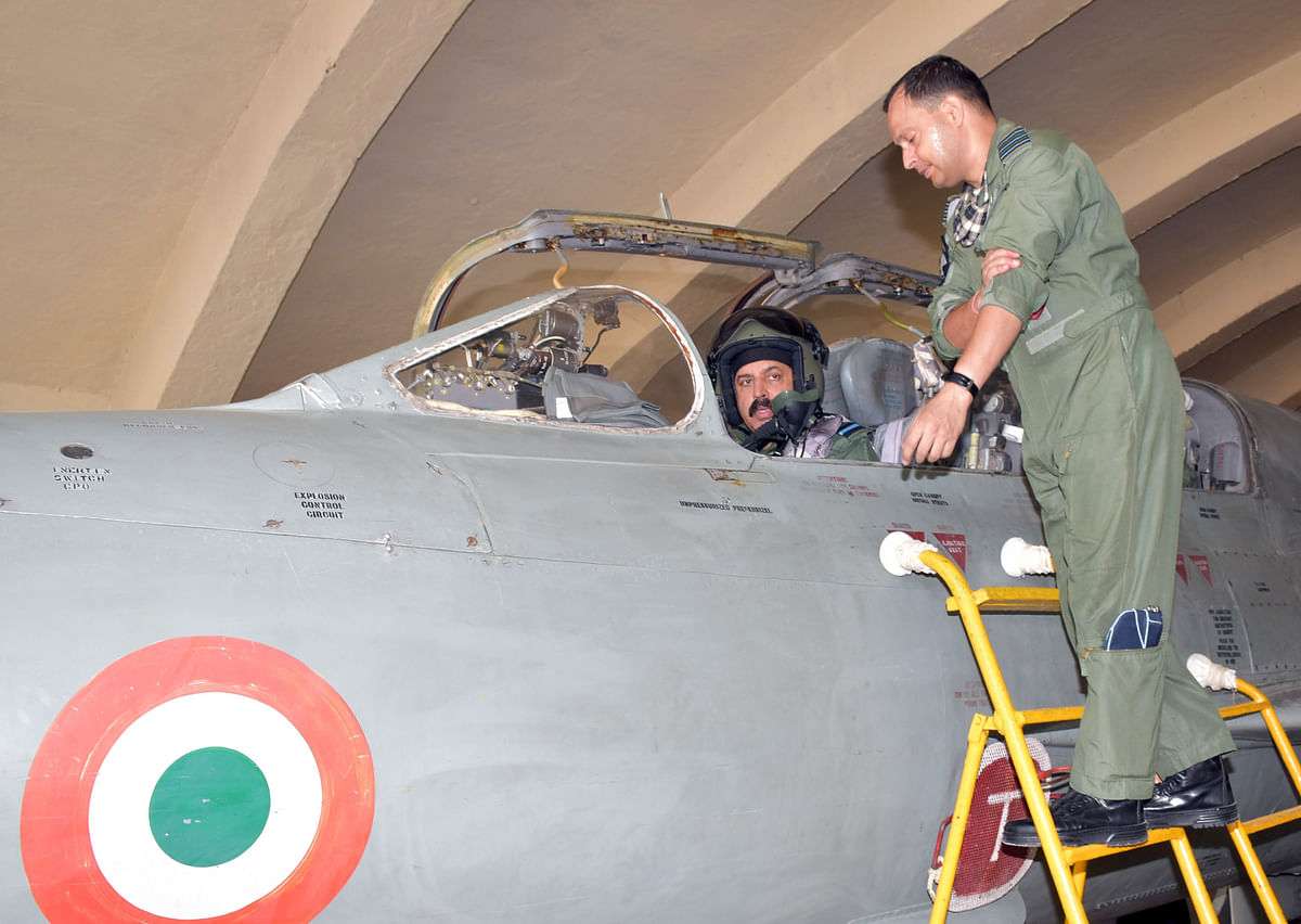 IAF chief flies MiG-21, reviews op readiness