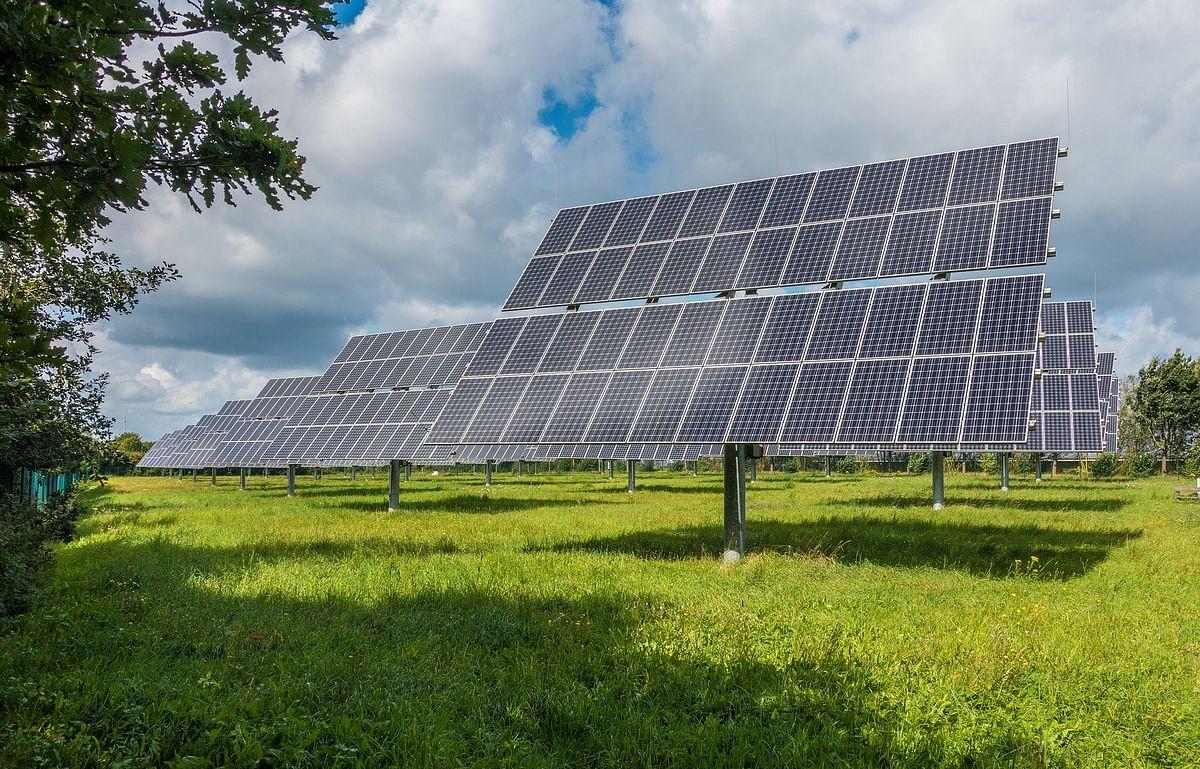 Solar energy/Representational Image