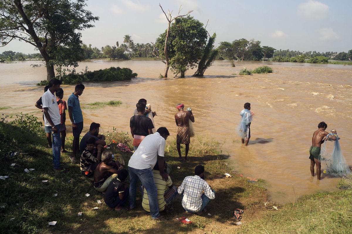 Flood water of Mahanadi submerges several villages in Odisha