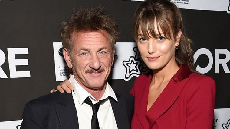 Sean Penn marries girlfriend Leila George