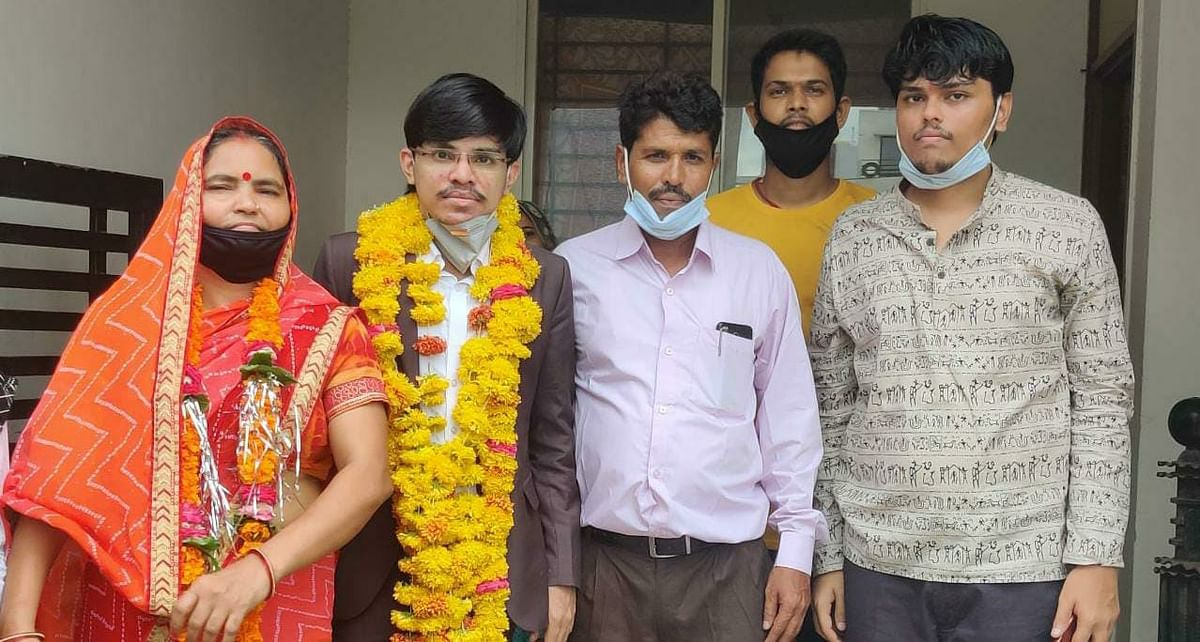 UPSC 2019: Indore boy Pradeep Singh, son of a petrol pump worker, tops in MP with AIR-26