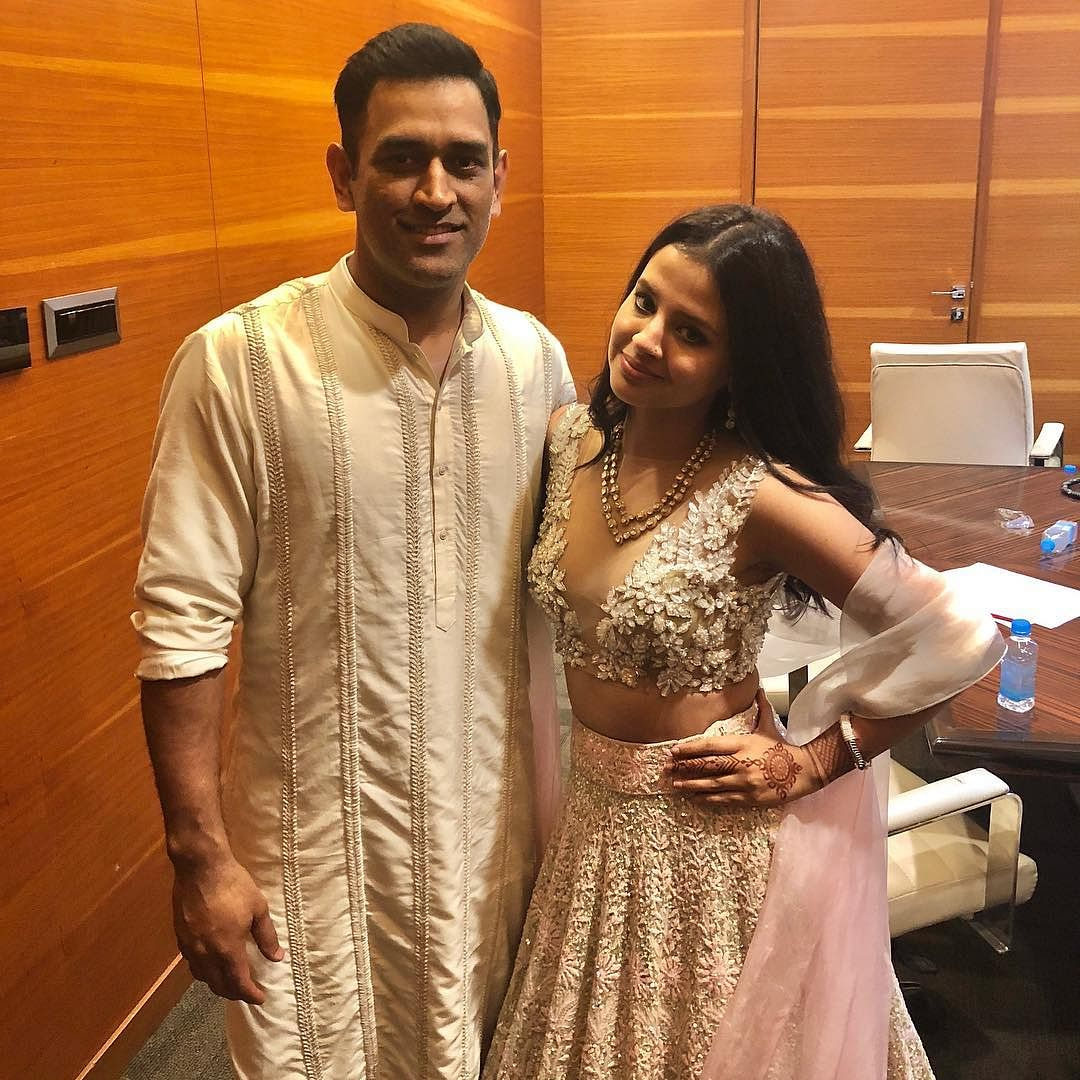 'Your prayers will speed up recovery', says Sakshi after MS Dhoni's parents test positive for COVID-19
