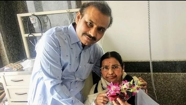 Maharashtra Health Minister Rajesh Tope's mother passes away