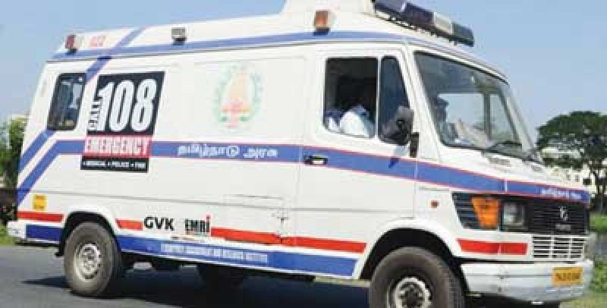 Doctor-cum-ambulance driver ferries patients to hospital