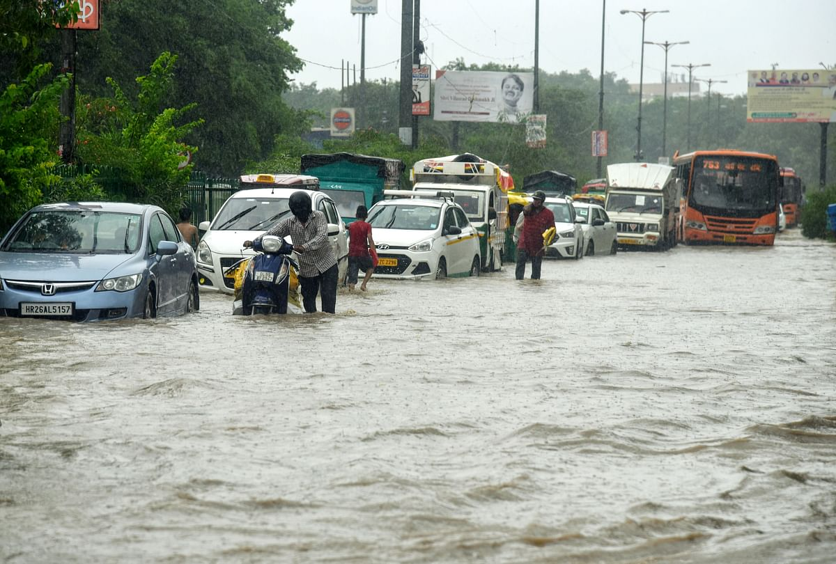 Madhya Pradesh: Downpour floods parts of the state; Army, NDRF deployed in Hoshangabad