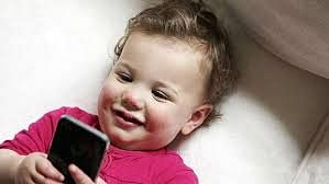 Toddlers who use touchscreens can do better in real-life tasks