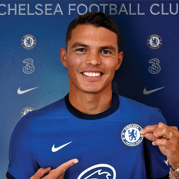 Chelsea sign Thiago Silva from PSG on free transfer