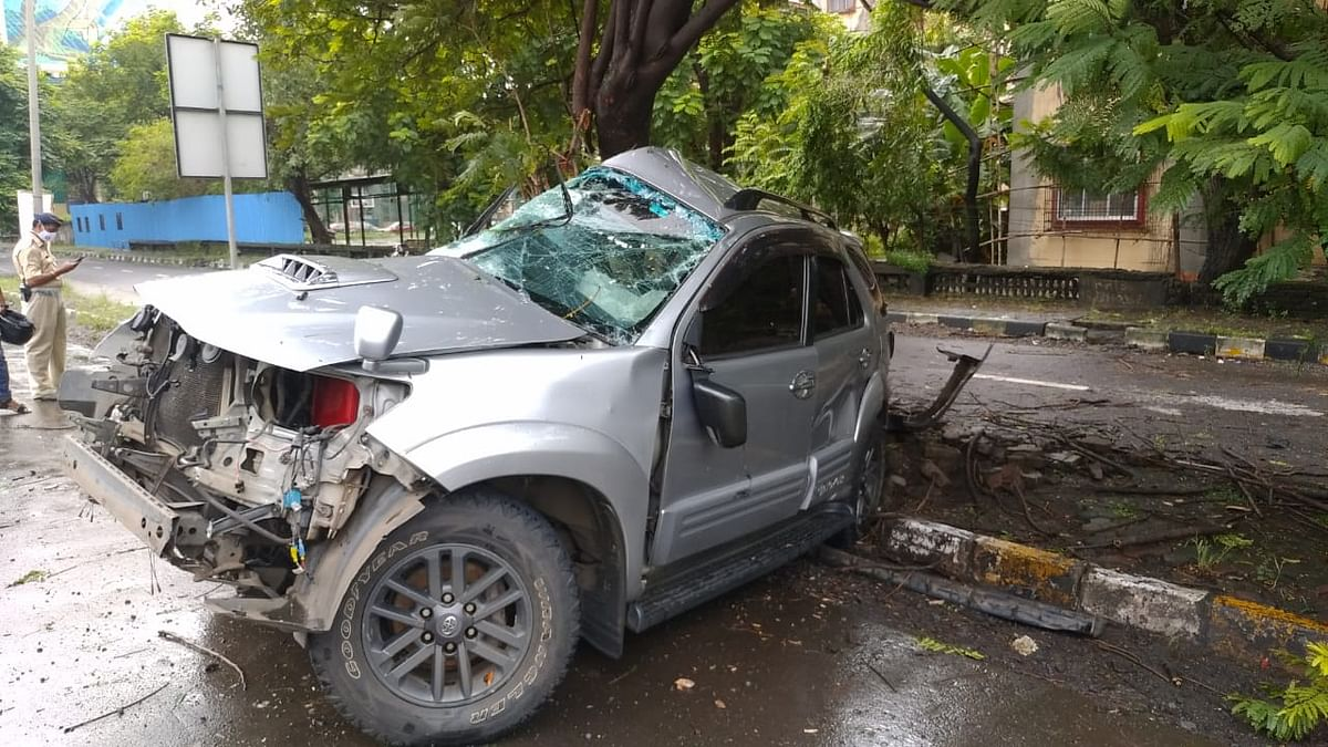 Mumbai: Political party worker dies in car accident at Sion