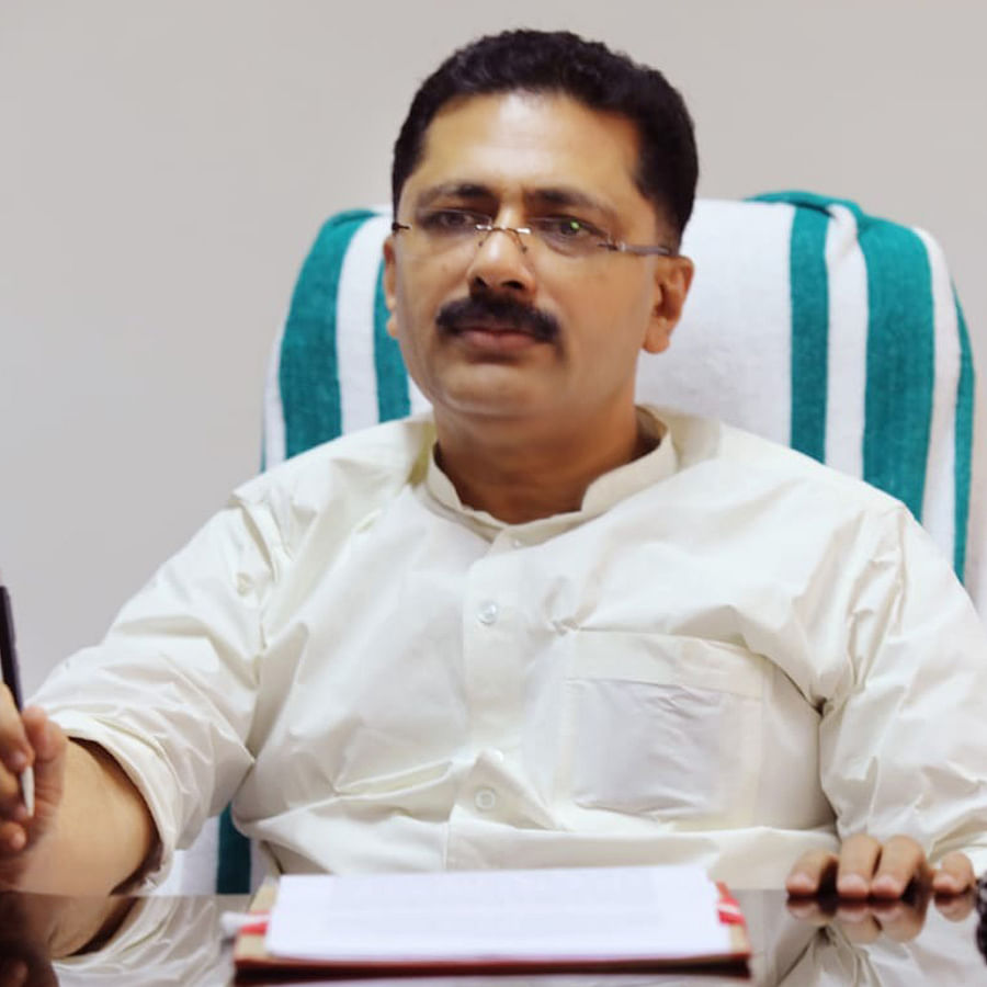 Mystery over role of Kerala ministers in Swapna's deals deepens
