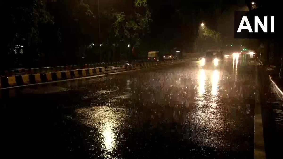 Delhi Weather Update: Respite from high temperatures as rain lashes national capital