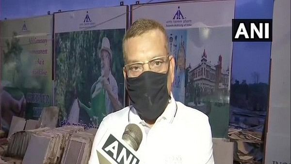 Mumbai CP talks to Bihar DGP Gupteshwar pandey ,no case against Cops