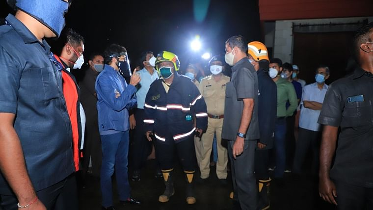 Mumbai: Fire breaks out at 14-storey Sterling Seaface Apartment building in Worli; Aaditya Thackeray visits spot