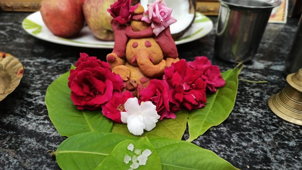 Turmeric tainted Ganesha prepared by 12-year-old