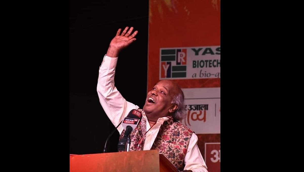Rahat Indori passes away, Twitter says 'Bulati hai magar jaane ka nahi' man gone forever