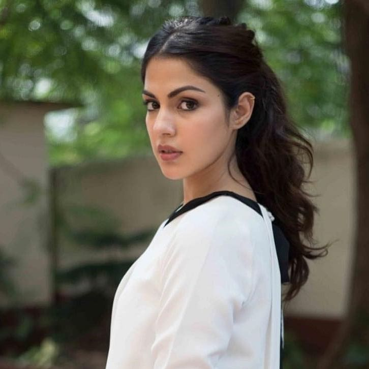 Sushant Singh Rajput suicide case: SC denies interim protection to Rhea Chakraborty in case filed by Patna police