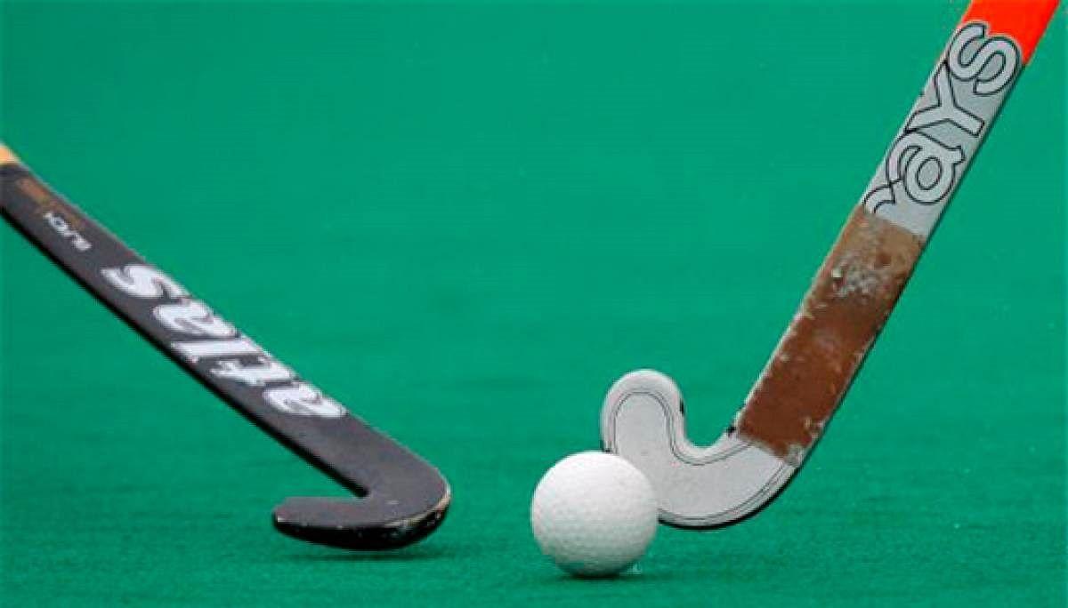 Madhya Pradesh: Indian Junior Women's Hockey team's Ishika Chaudhary receives Eklavya Award