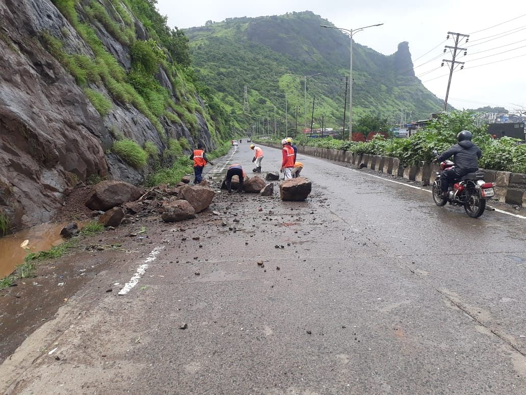 Heavy rains trigger mudslide near Mumbra Bypass Road; no casualties reported