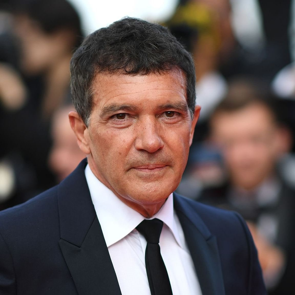 Spanish actor Antonio Banderas tests positive for coronavirus