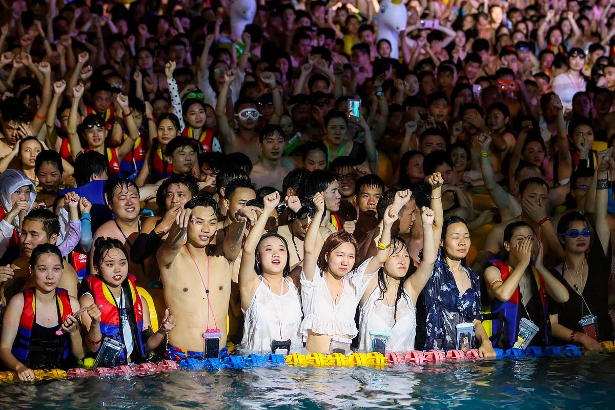 Chinese enjoy post-coronavirus pool bash