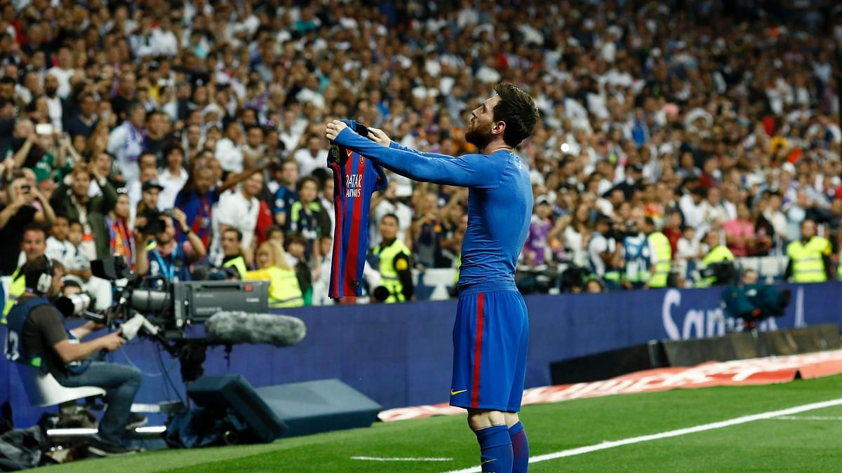 Messi or Barcelona? A conundrum for fans