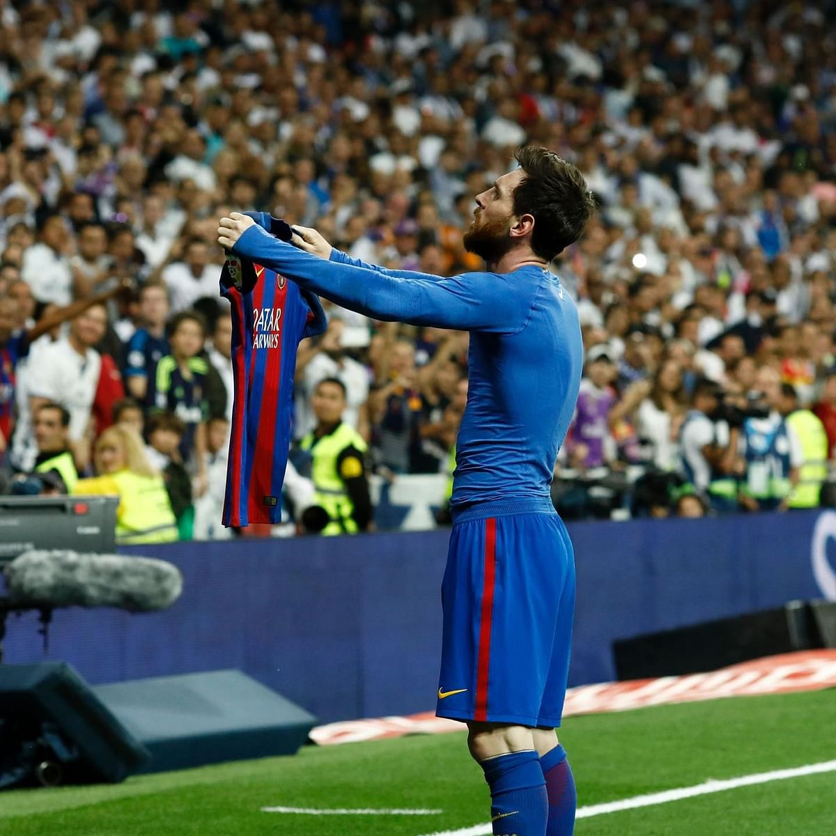 Messi or Barcelona? A bittersweet conundrum for fans
