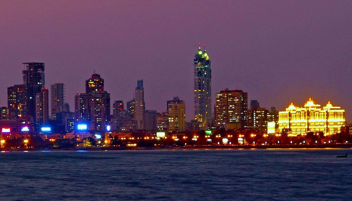 Mumbai, Thane and Navi Mumbai Real Estate Update:  70% drop in quarterly property sales volume
