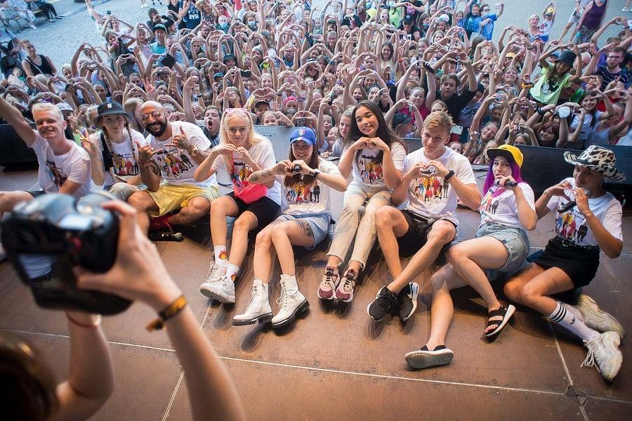 People take part in a TikTok filming session in Vilnius, Lithuania, Aug. 10, 2020. (Photo by Alfredas Pliadis/Xinhua)