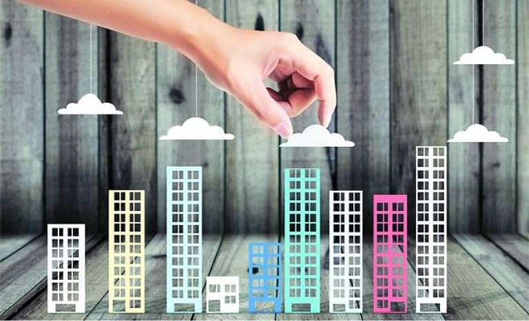 Provide existing affordable unsold housing stock to slum dwellers: Praja Foundation