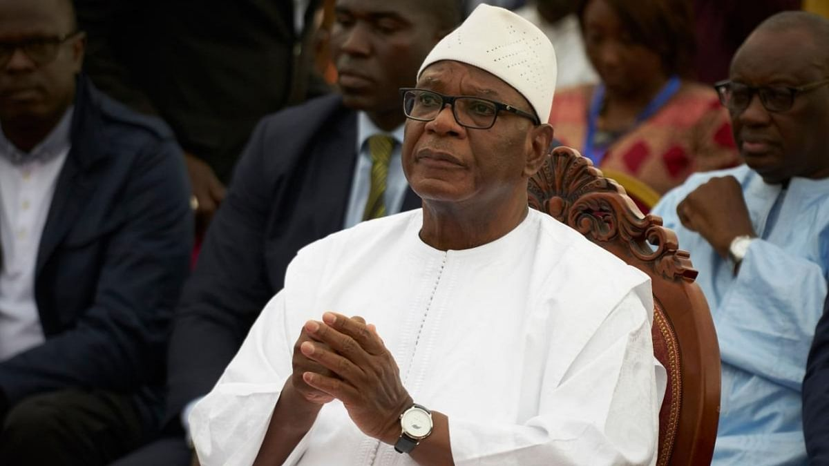 Mali President steps down after armed mutiny