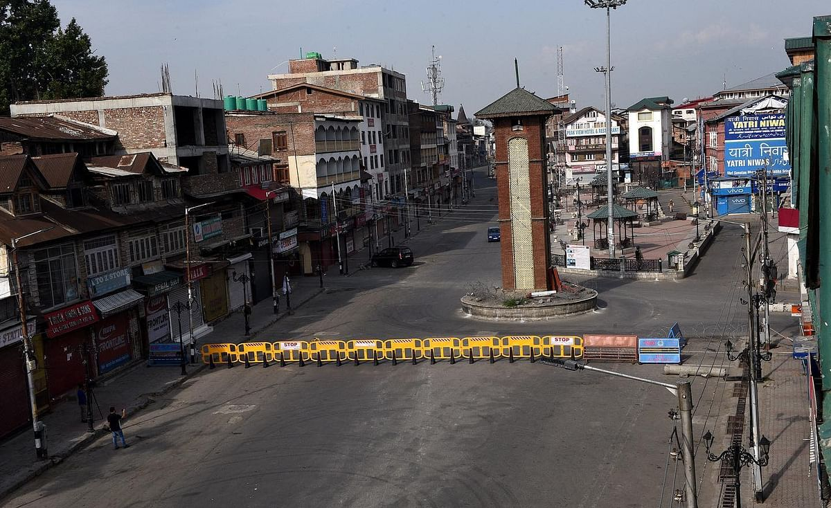 Ahead of first anniversary of abrogation of Article 370, curfew imposed across Kashmir