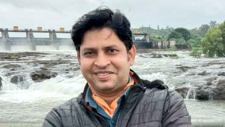 No ambulance in Pune: Journalist Pandurang Raykar dies due to COVID-19; Ajit Pawar orders inquiry