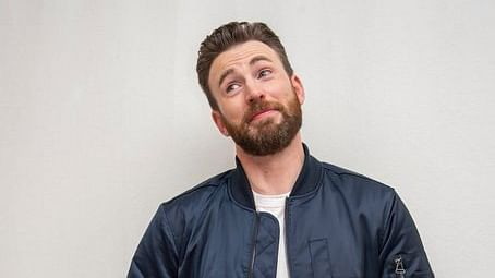 Chris Evans accidentally leaks a nude on Instagram; fans become 'Captain America's proverbial shield