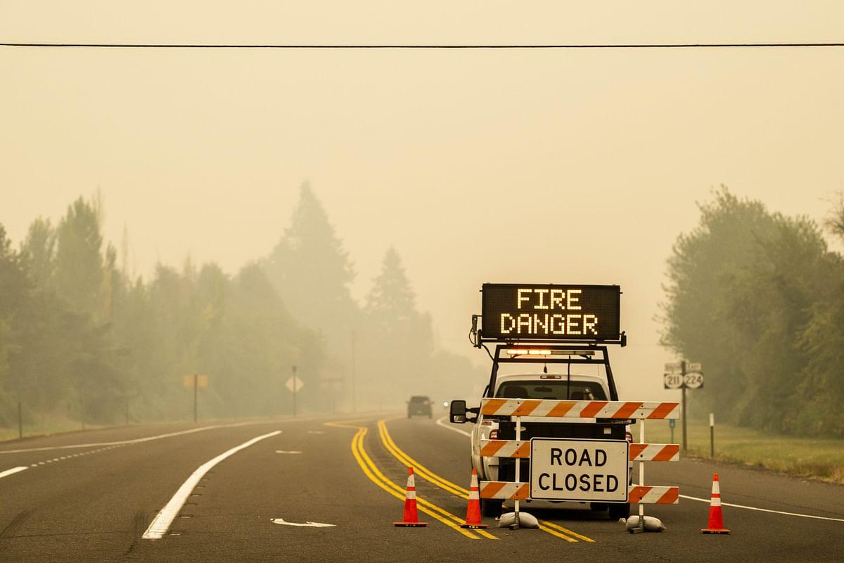 Fire engulfs US West coast