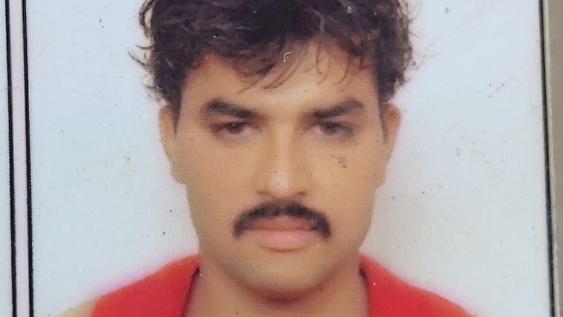 Deceased Siddique Mohammad Shafi alias Salim