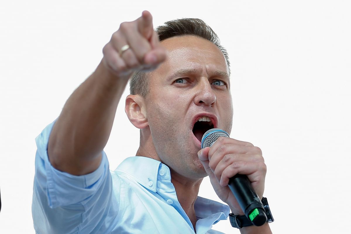 France and Sweden labs confirm Navalny poisoned with Novichok