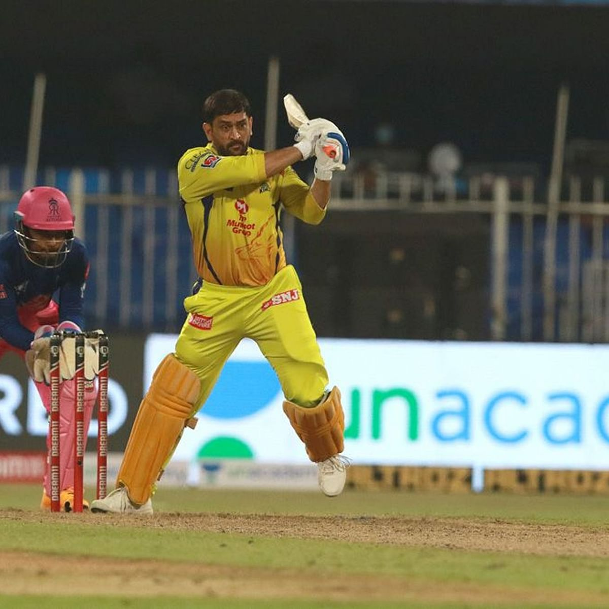 IPL 2020: MS Dhoni completes 4,000 runs for Chennai Super Kings