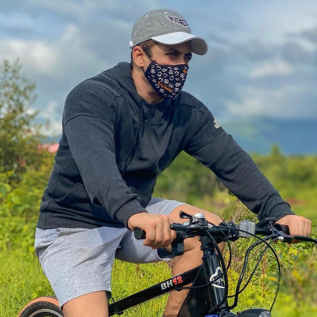 Salman Khan posts picture of himself riding a bicycle; netizens recall hit and run case