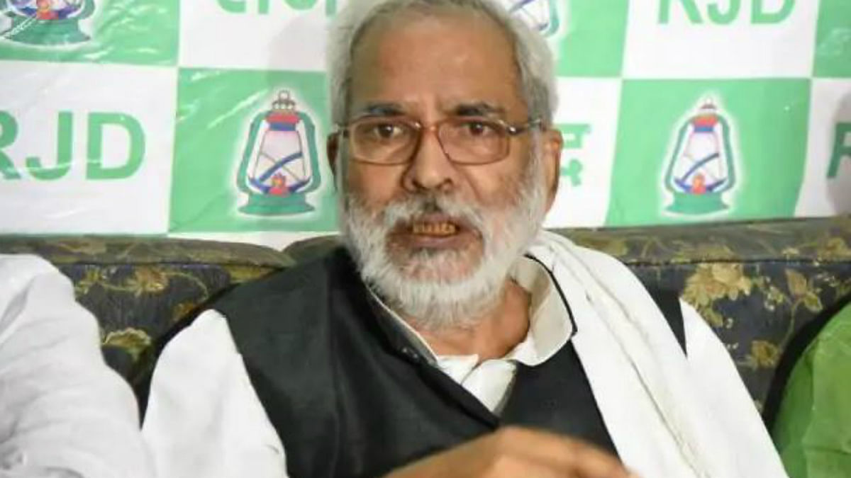 'Stood behind you for 32 years': What Raghuvansh Prasad Singh's exit means for Lalu, RJD