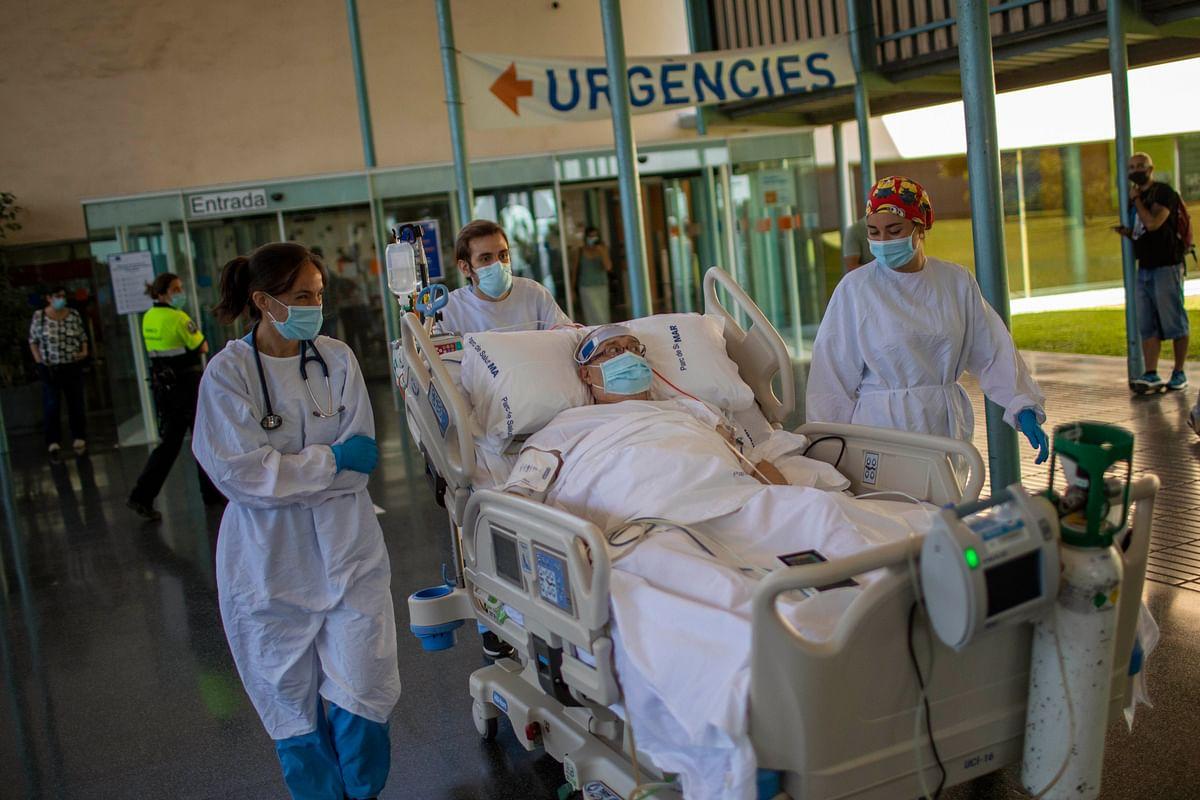 Spain doctors believe in healing power of nature