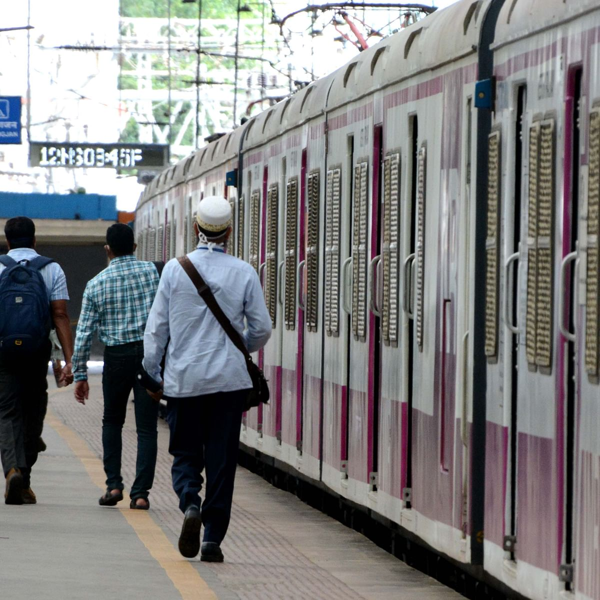 Mumbai: Eight additional trains on central line from Oct 1