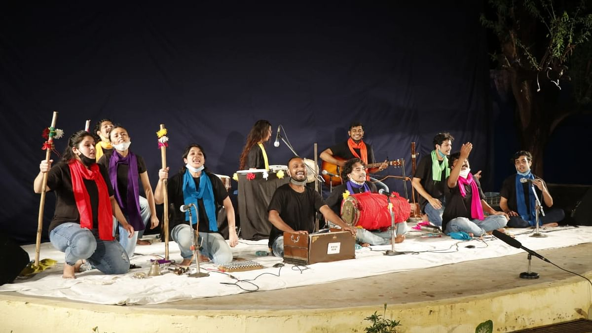 Bhopal: Energetic performance by Vihan DramaWorks delights audience at Chabutra Manch