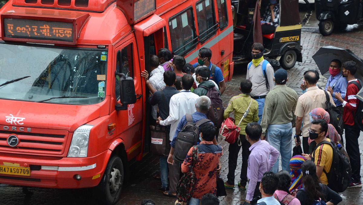 Mumbai commuters want BEST buses to ply on full seating capacity