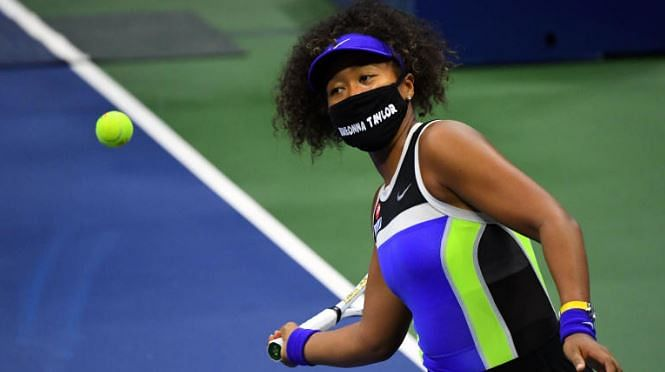 Naomi Osaka wears mask in memory of Breonna Taylor