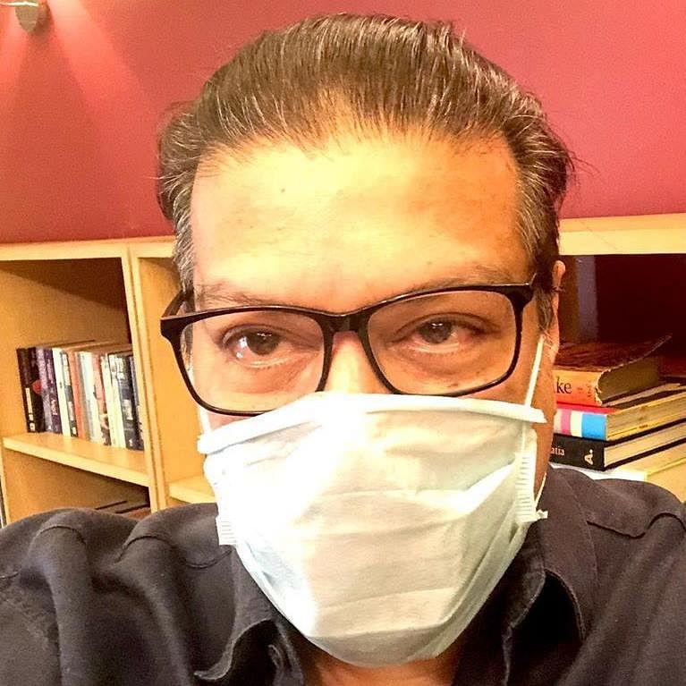 Amid COVID-19 pandemic, Vir Sanghvi's tweet on doctors infuriates medical Twitter